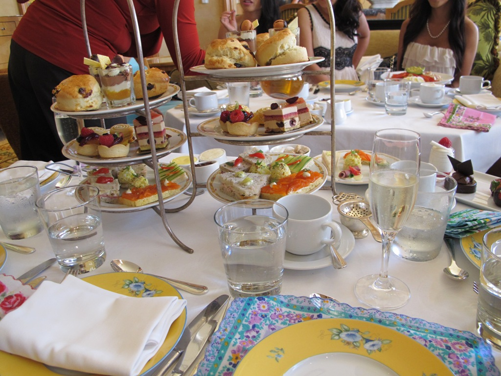 Birthday party ideas diana etc for Afternoon tea decoration ideas